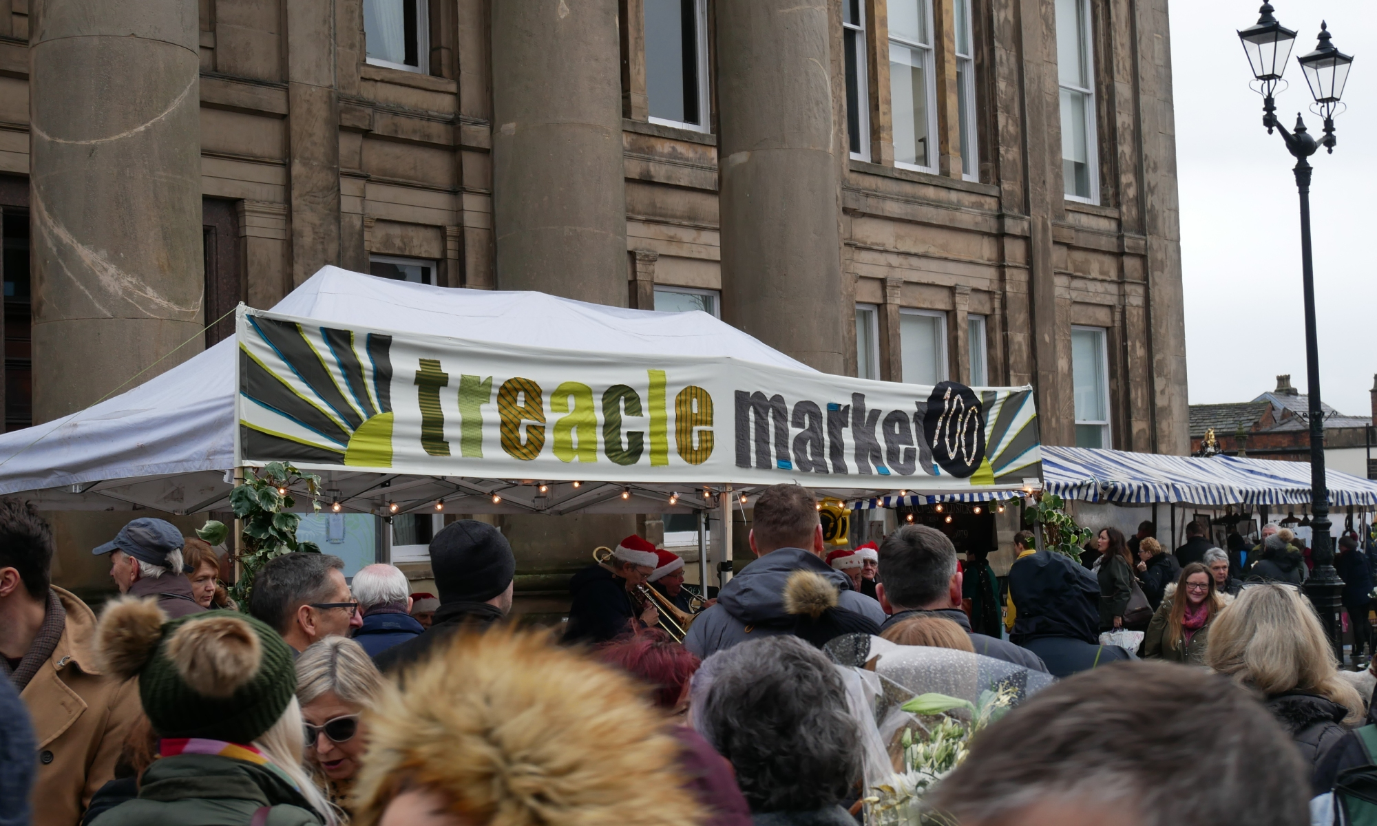 The Treacle Market 100 banner in action